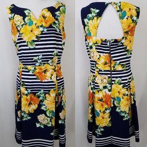 Dressbarn Woman 14W Garden Dress Navy Pockets